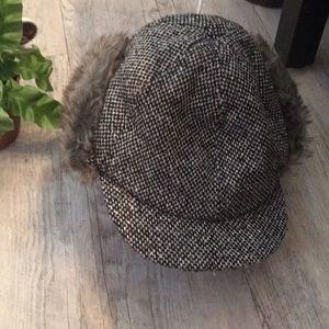 Houndstooth winter cap